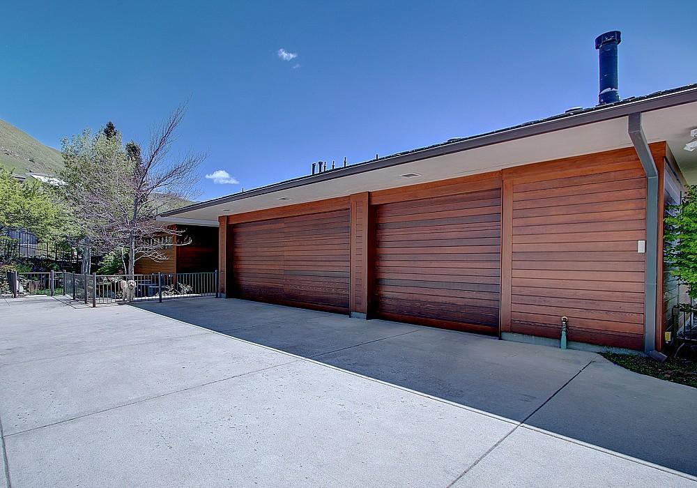 1583 E. New Bedford Drive, Salt Lake City, UT 84103