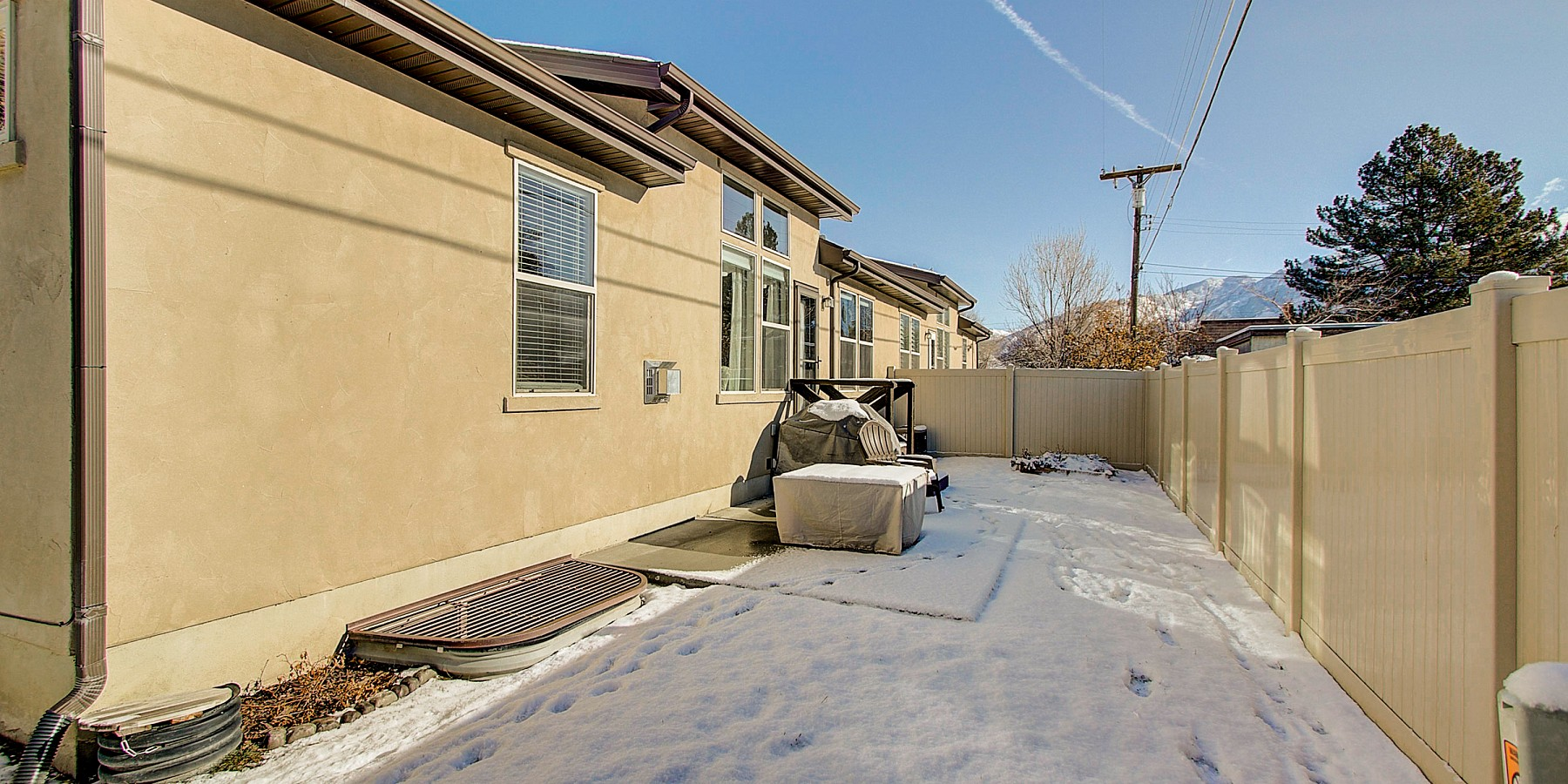 832 E. Olivia View Lane, Salt Lake City, UT 84107