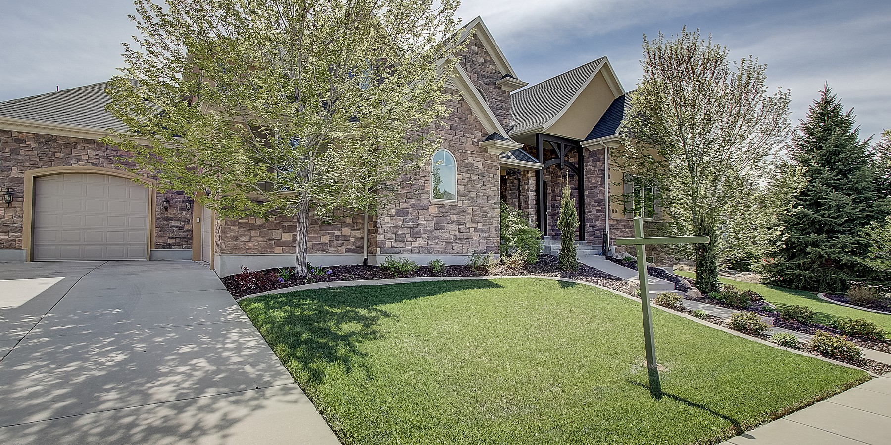 1876 E. Harvest Oaks Circle, Draper, UT 84020