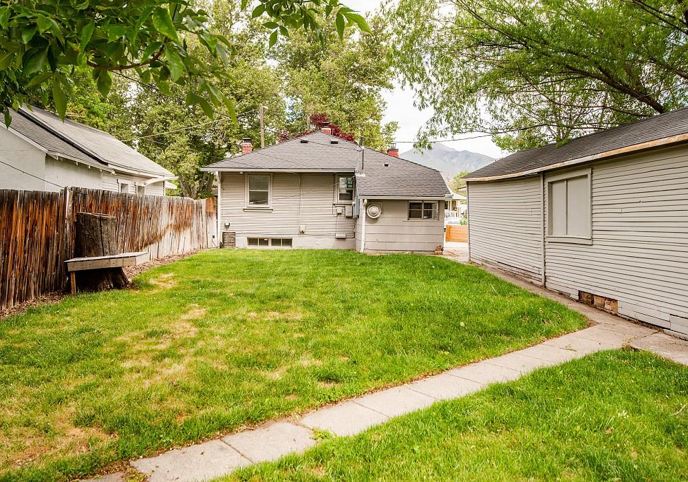 2204 S. Lincoln Street, Salt Lake City, UT 84106