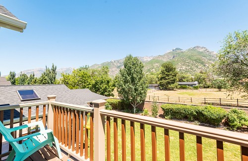 9489 S. Crosswood Lane, Sandy, UT 84092