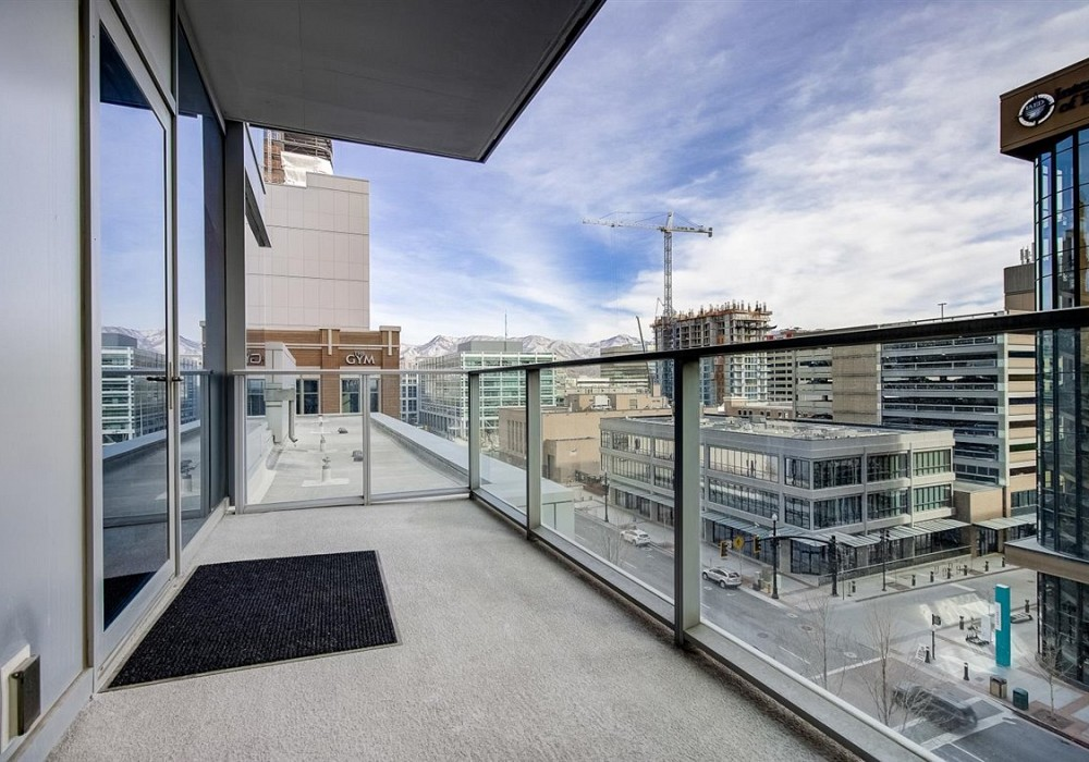 35 East 100 South, Unit 406, Salt Lake City, UT 84111