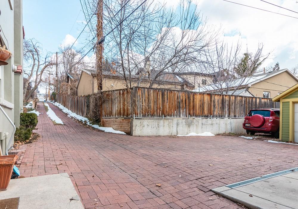 1205 E. Yale Avenue, Salt Lake City, UT 84105