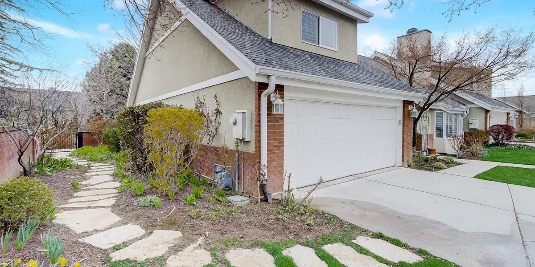 2090 E. Sierra View Circle, Salt Lake City, UT 84109