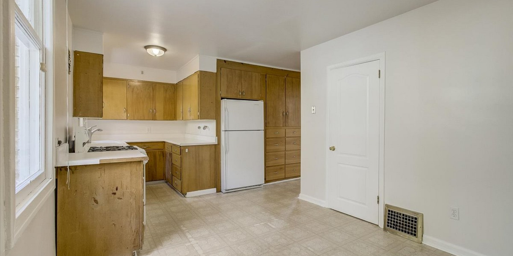 633 E Third Avenue, Salt Lake City, UT 84103