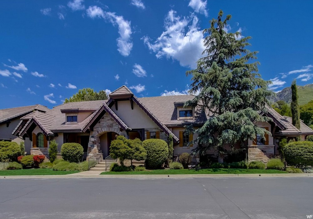 8781 S. Falcon Heights Drive, Cottonwood Heights, UT 84093