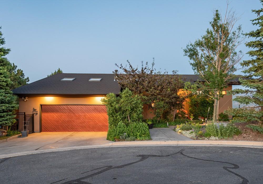 972 N. Churchill Drive, Salt Lake City, UT 84103