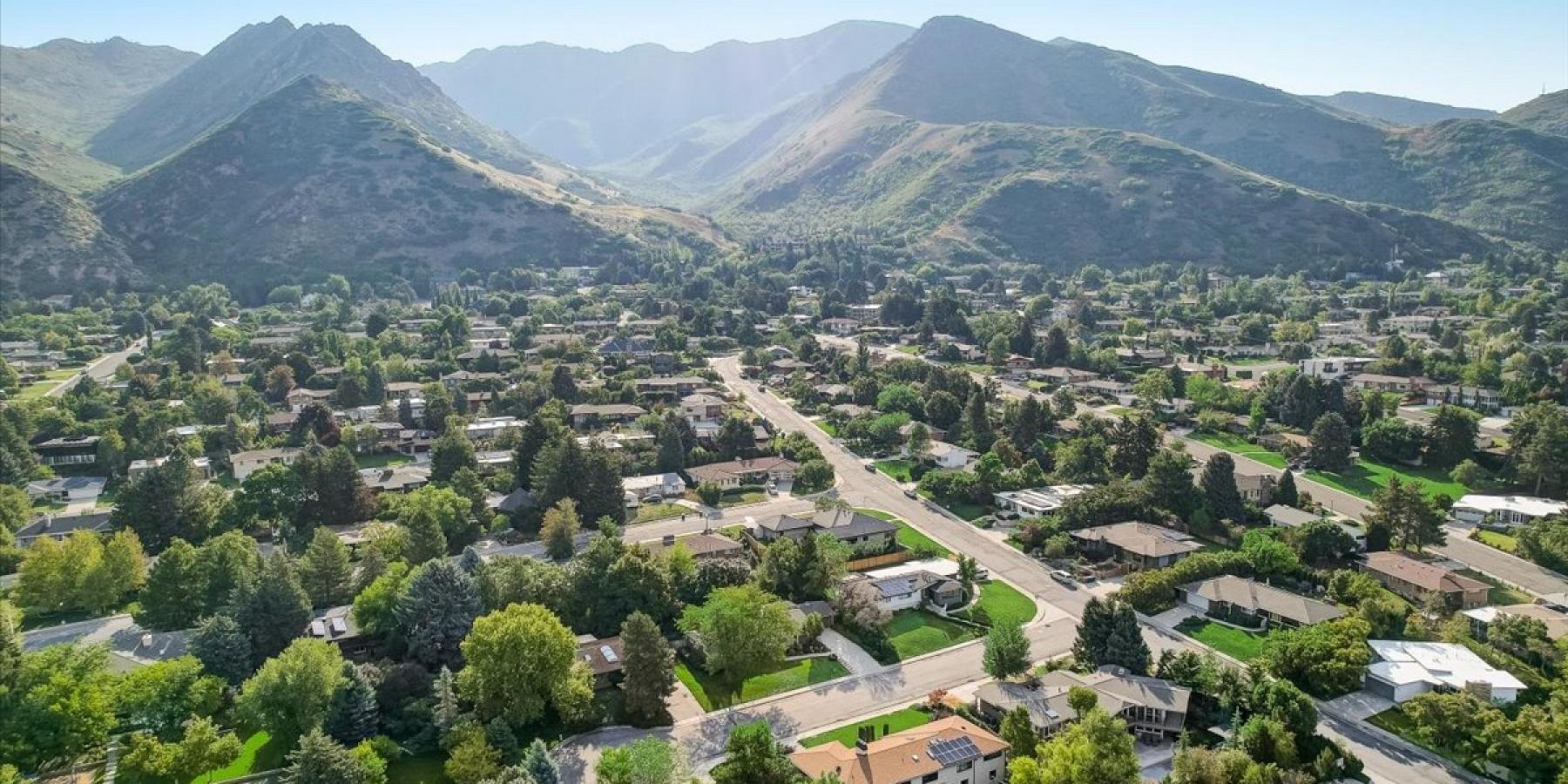 1159 S. Jaren Circle, Salt Lake City, UT 84108