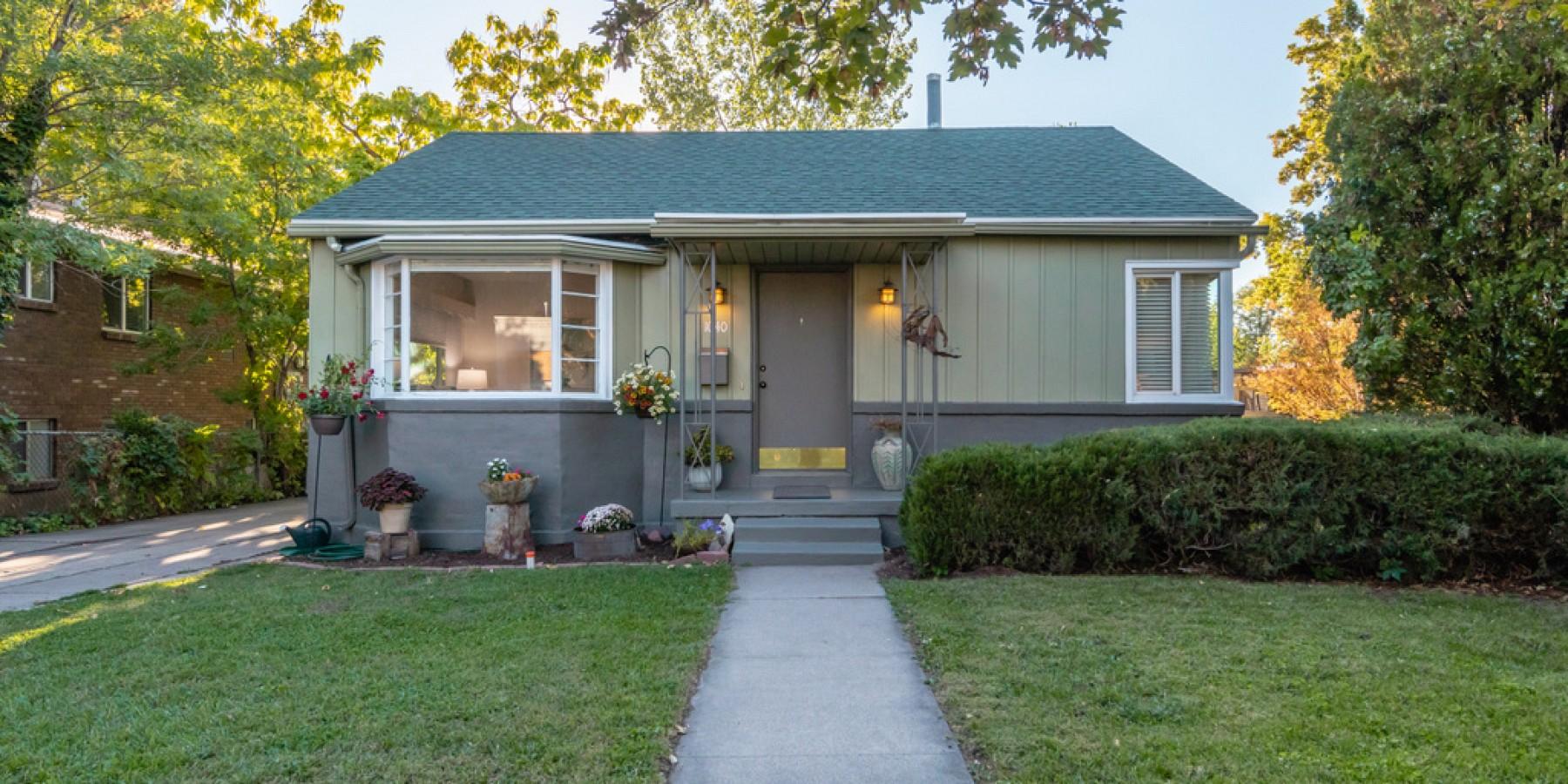 1040 South 900 East, Salt Lake City, UT 84105