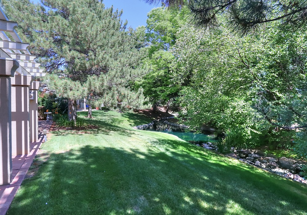 1808 E Willow Oaks Circle, Holladay, UT 84121