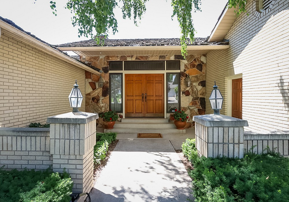 1404 S Ambassador Way, Salt Lake City, UT 84108